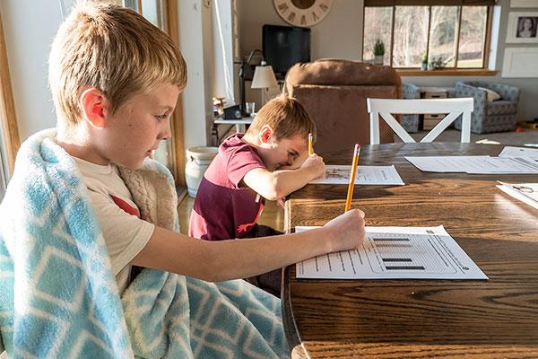 Powinieneś żądać od swojego dziecka pracy w szkole, aby być antyrasistowskim