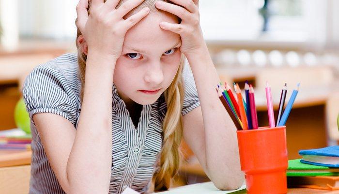 niezadowolony student