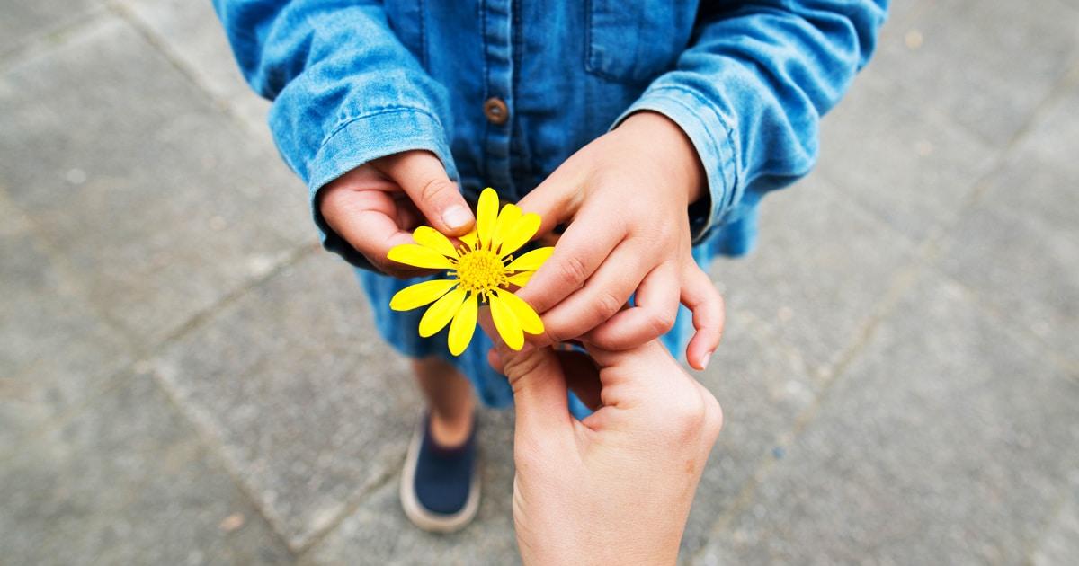5 sposobów, jak pomóc dzieciom w ćwiczeniu wdzięczności
