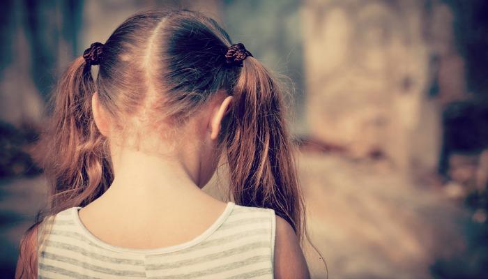 Rzeczy, których nigdy nie powinieneś mówić dzieciom z rodzin mieszanych