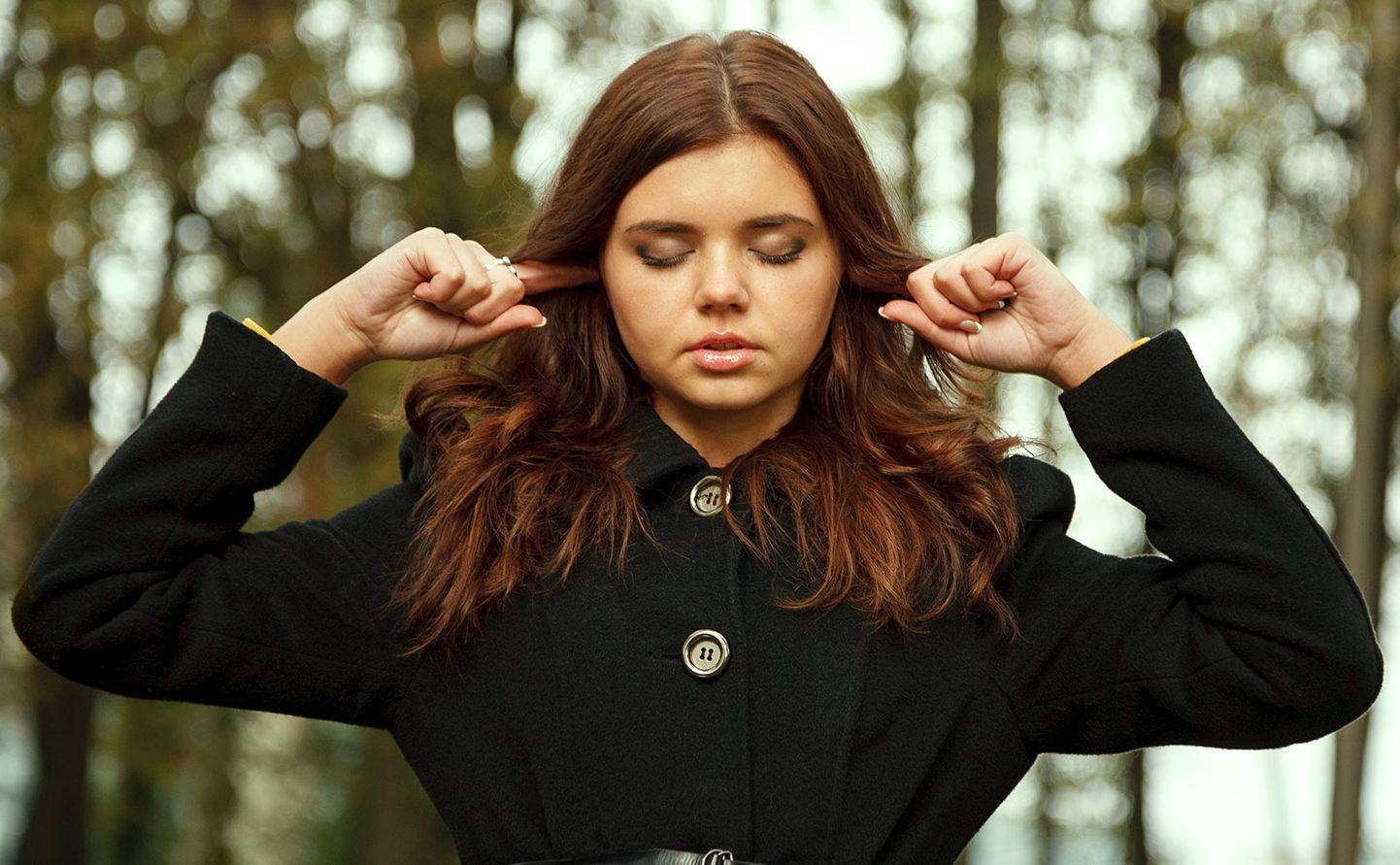 8-pojedynczych-słów-które-mówią-głośno-w-mówionym-nastolatku