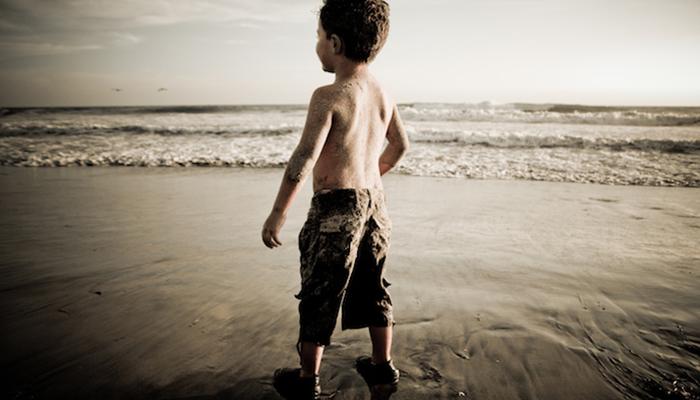 plażowy chłopak