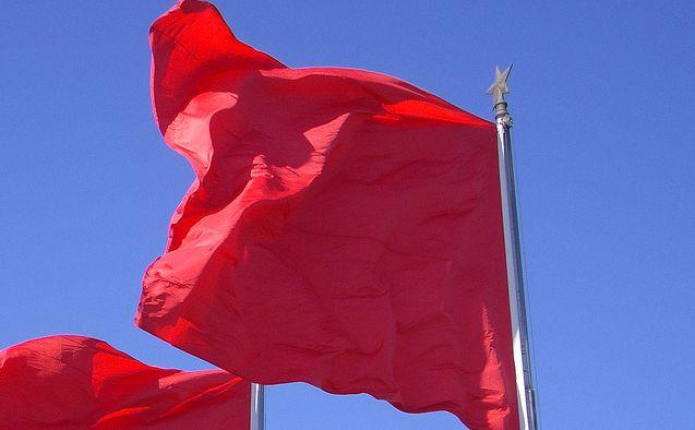 dekodowanie-czerwonych-flag-miłości