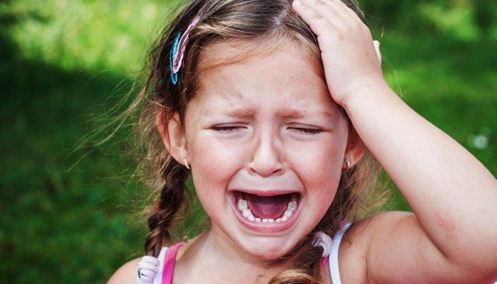 crying-little-girl