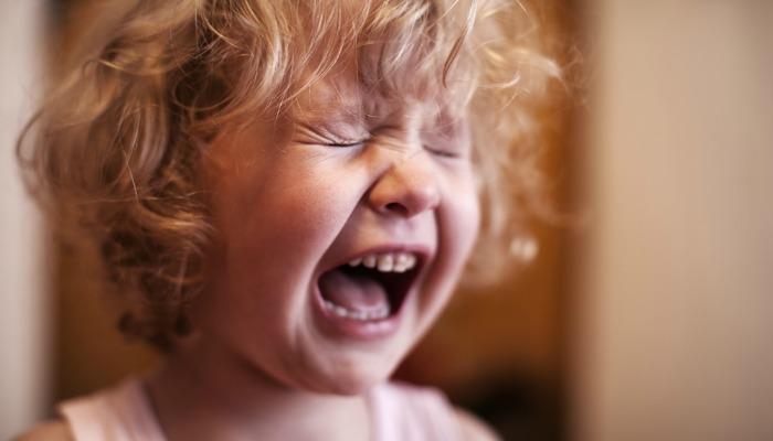 Jak radzić sobie z żalem (i cierpieniem) wynikającym z utraty zabawek przez malucha