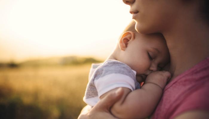 Wszechobecna miłość macierzyństwa nie jest prawdą dla wszystkich mam