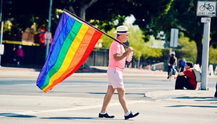 Mój tata jest gejem, co pod wieloma względami uczyniło mnie lepszym człowiekiem