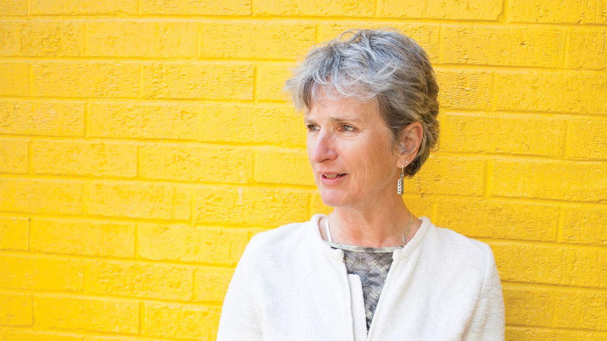 Noworoczne wyróżnienia dla YoungMinds YoungMinds ma przyjemność ogłosić, że zarówno nasza dyrektor naczelna Sarah Brennan, jak i nasza przewodnicząca dr Carole Easton mają otrzymać OOBE.