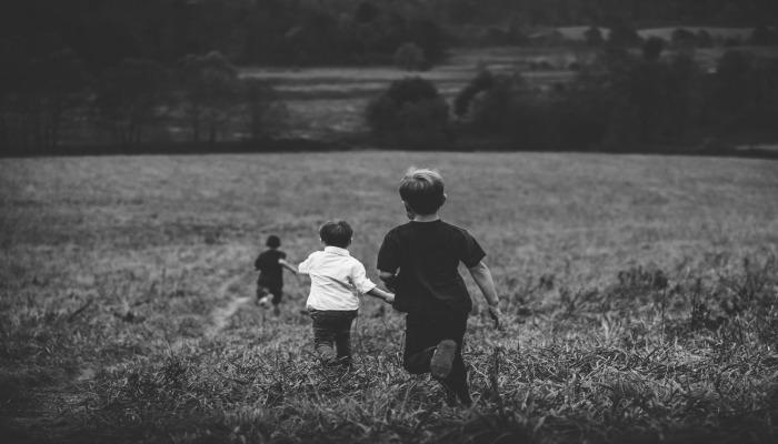 Moje dzieci bawią się bez nadzoru, ale nie musisz się martwić